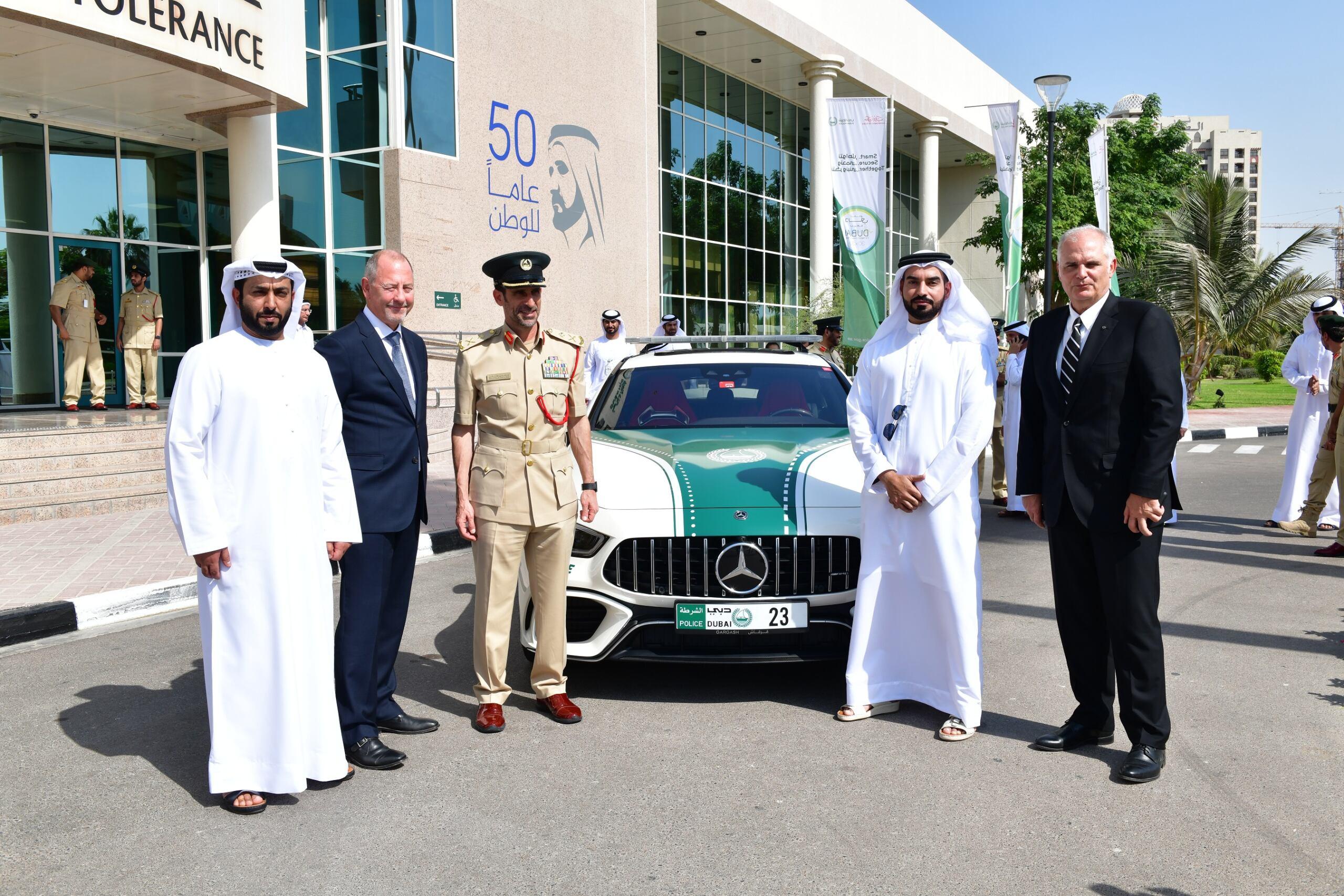 Mercedes-AMG GT 63 S polizia Dubai