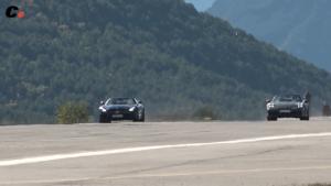 Mercedes-AMG GT C vs Porsche 911 Carrera 4S Cabriolet Coches