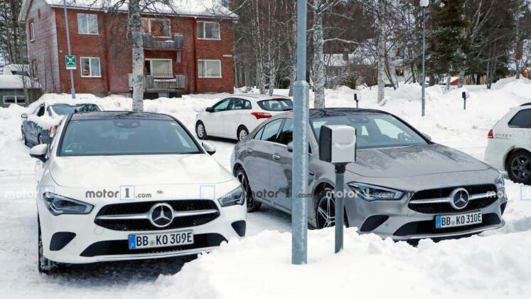 Mercedes CLA PHEV foto spia