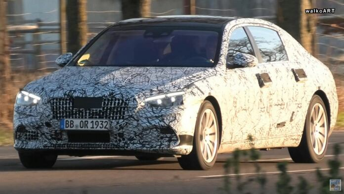 Mercedes-Maybach Classe S 2022 foto spia