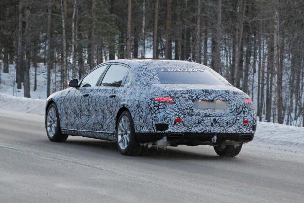 Mercedes Classe S 2021 test foto spia