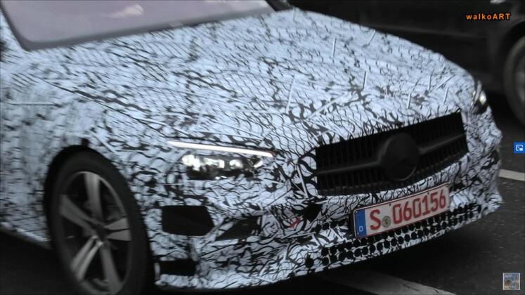 Mercedes Classe C 2021 full foto spia