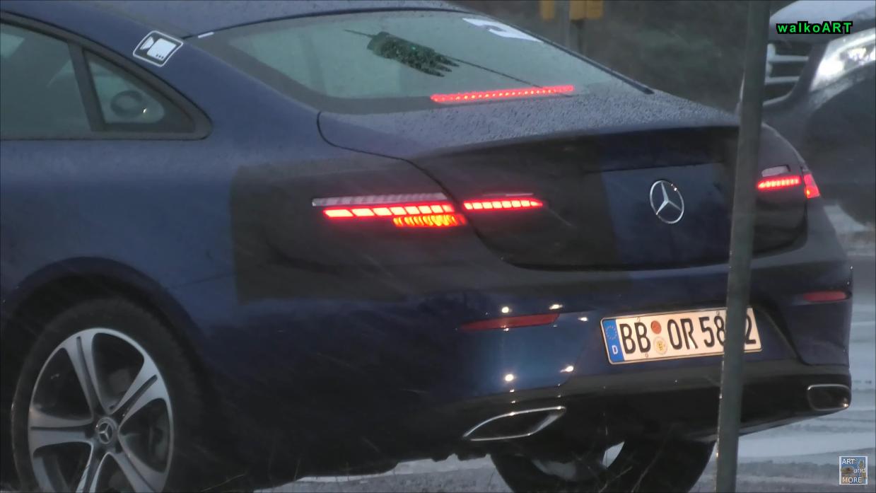 Mercedes Classe E Coupé 2021 foto spia