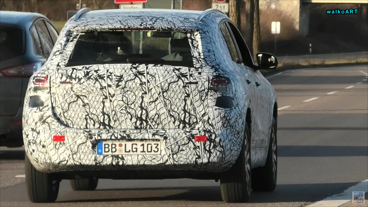 Nuovo Mercedes EQA test Germania