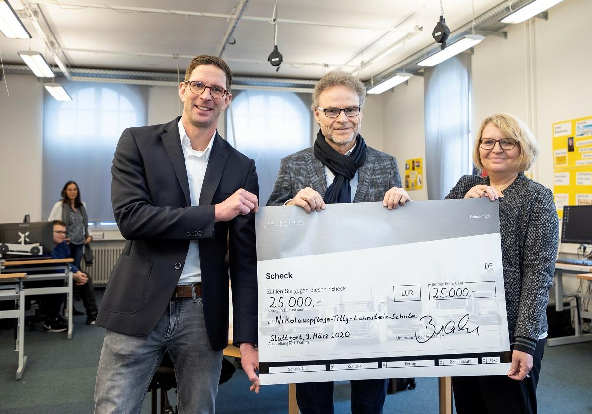 Daimler Trucks donazione 25.000 euro