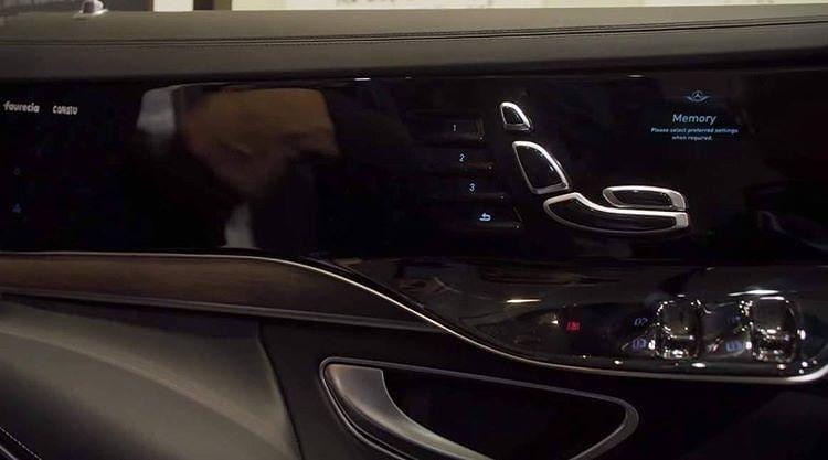 Mercedes Classe S 2021 interni foto