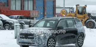 Mercedes EQB foto spia Scandinavia