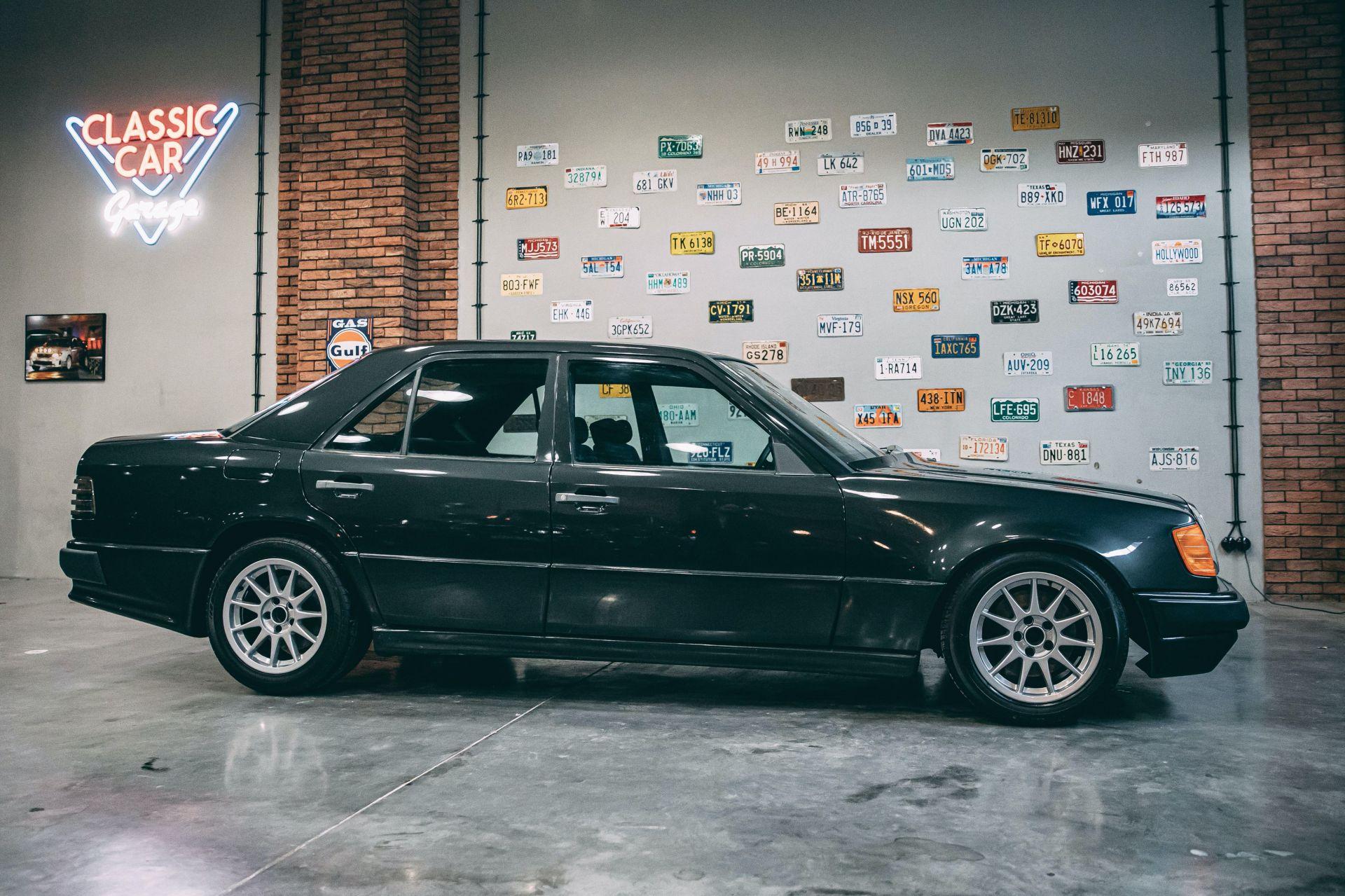 Hartge F1 Mercedes-Benz 300 E