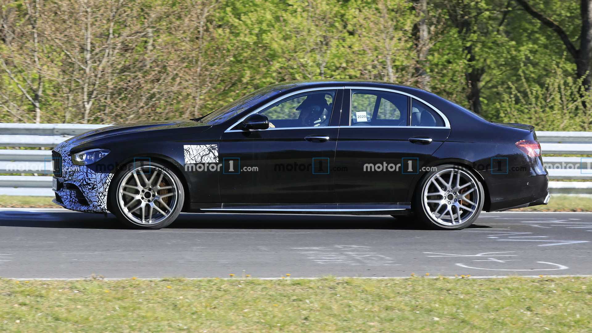 Mercedes-AMG E 63 2021 berlina foto spia