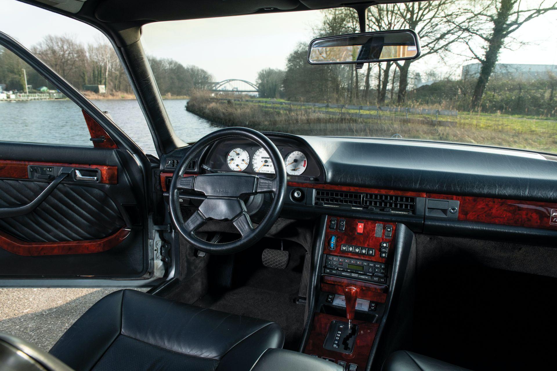 Mercedes-Benz 560 SEL 6.0 AMG 1989 asta