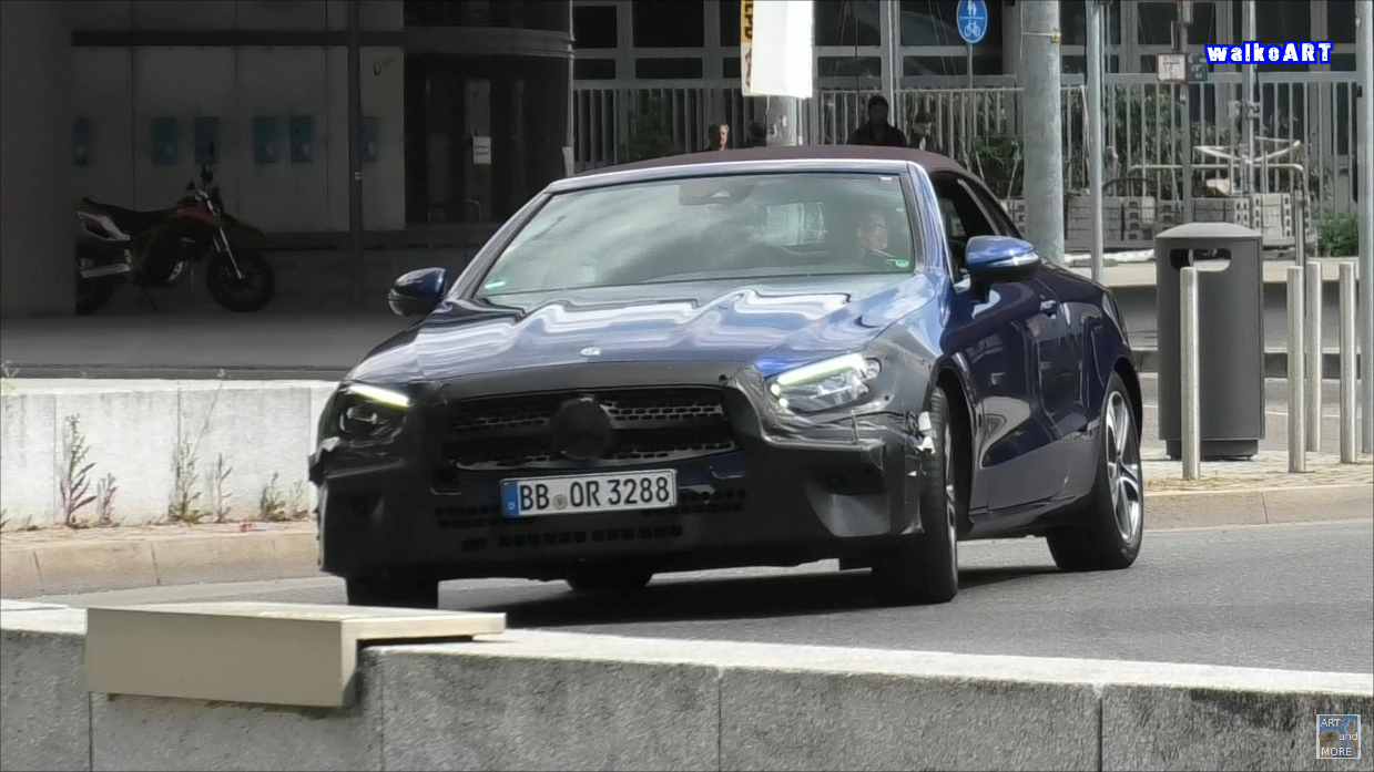 Mercedes Classe E Cabrio 2021 Stoccarda foto spia