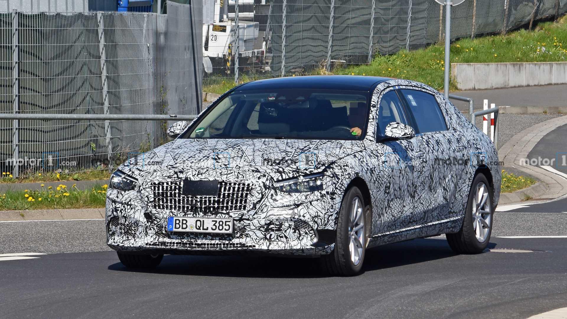 Mercedes-Maybach Classe S 2021 nuove foto spia