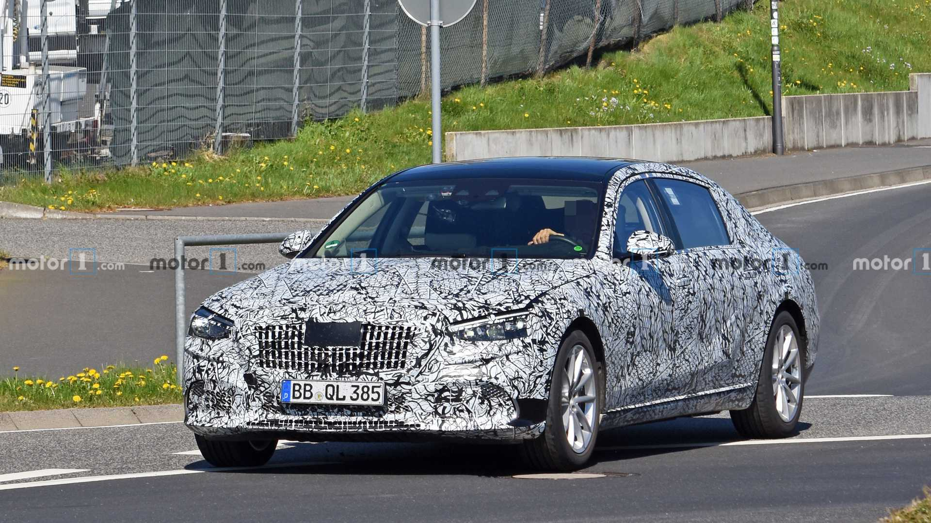 Mercedes-Maybach Classe S 2021 nuove foto spia