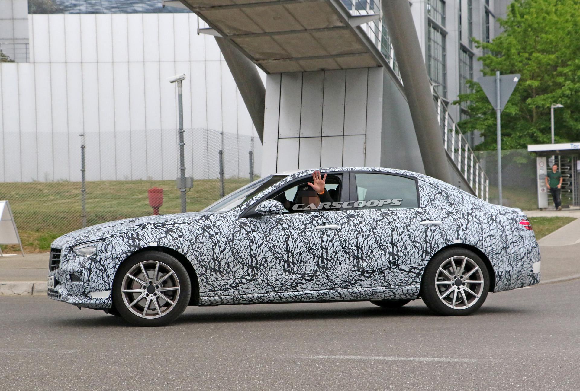 Mercedes Classe C 2021 ultime foto spia