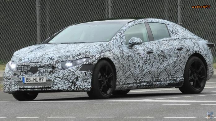 Mercedes EQS foto spia