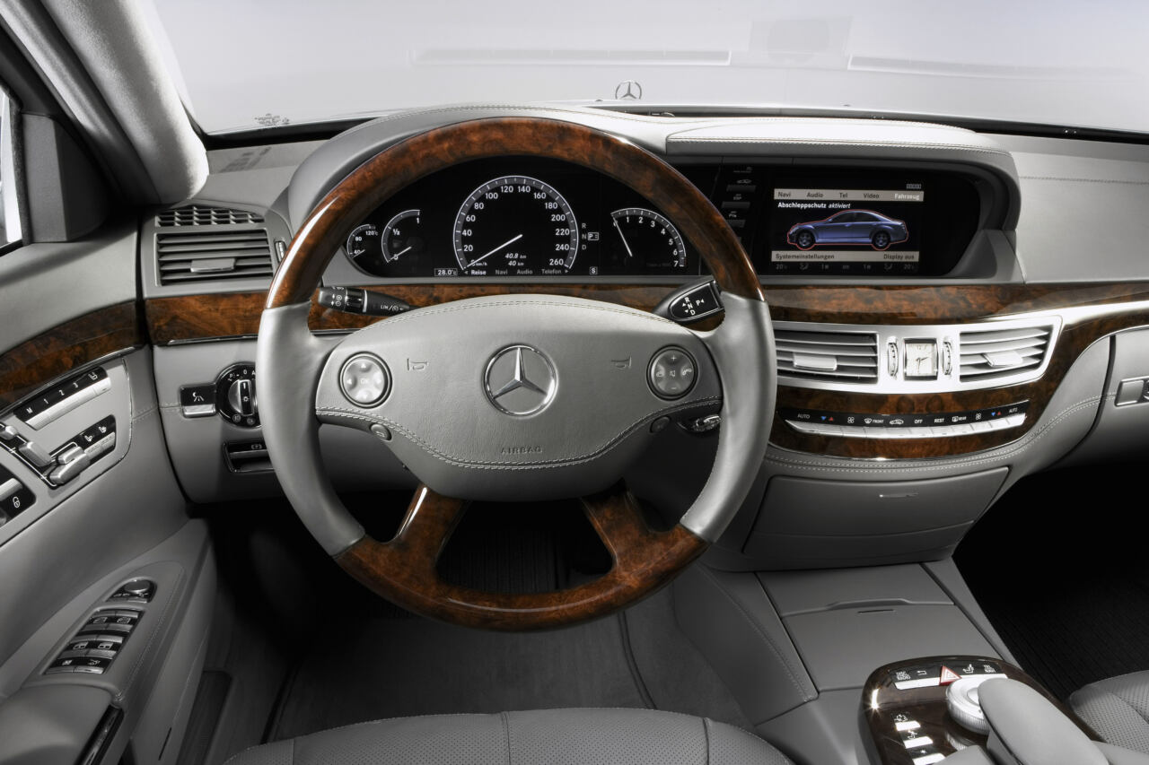 Mercedes volante