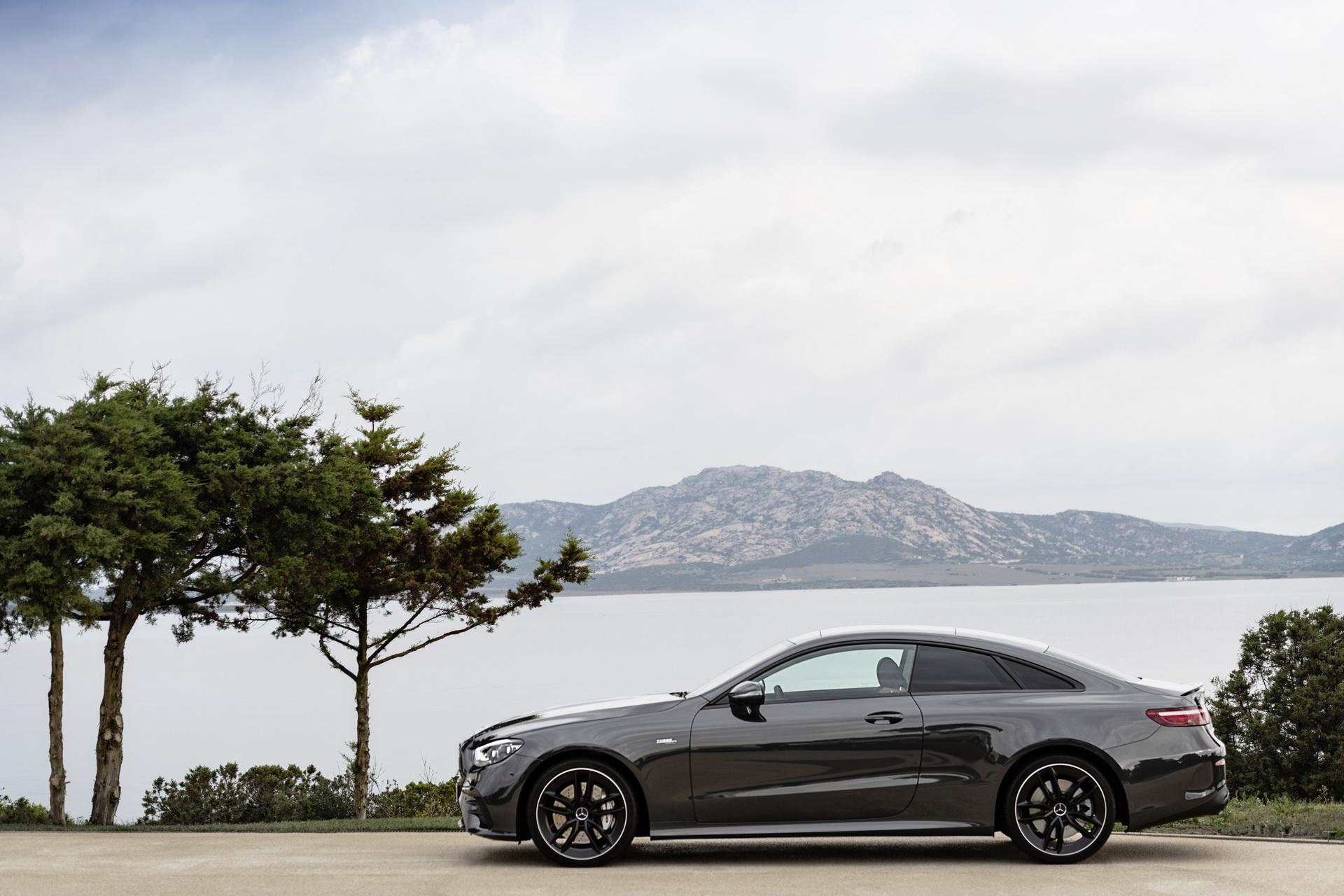 Nuoae Mercedes-AMG E 53 Coupé