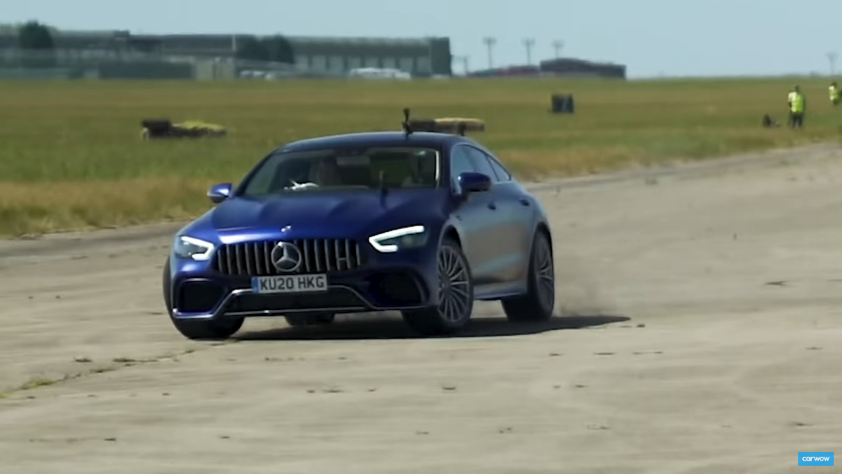 Mercedes-AMG GT 63 S vs Audi RS7 drag race