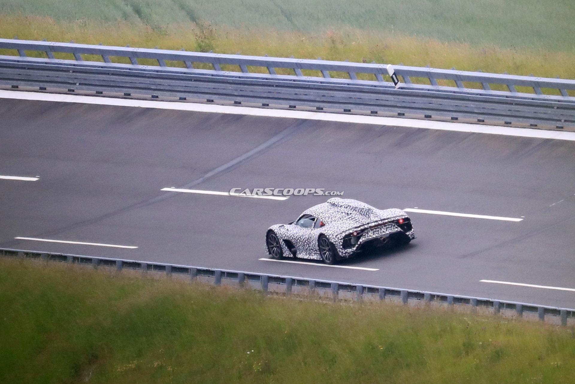 Mercedes-AMG One prototipo camuffato