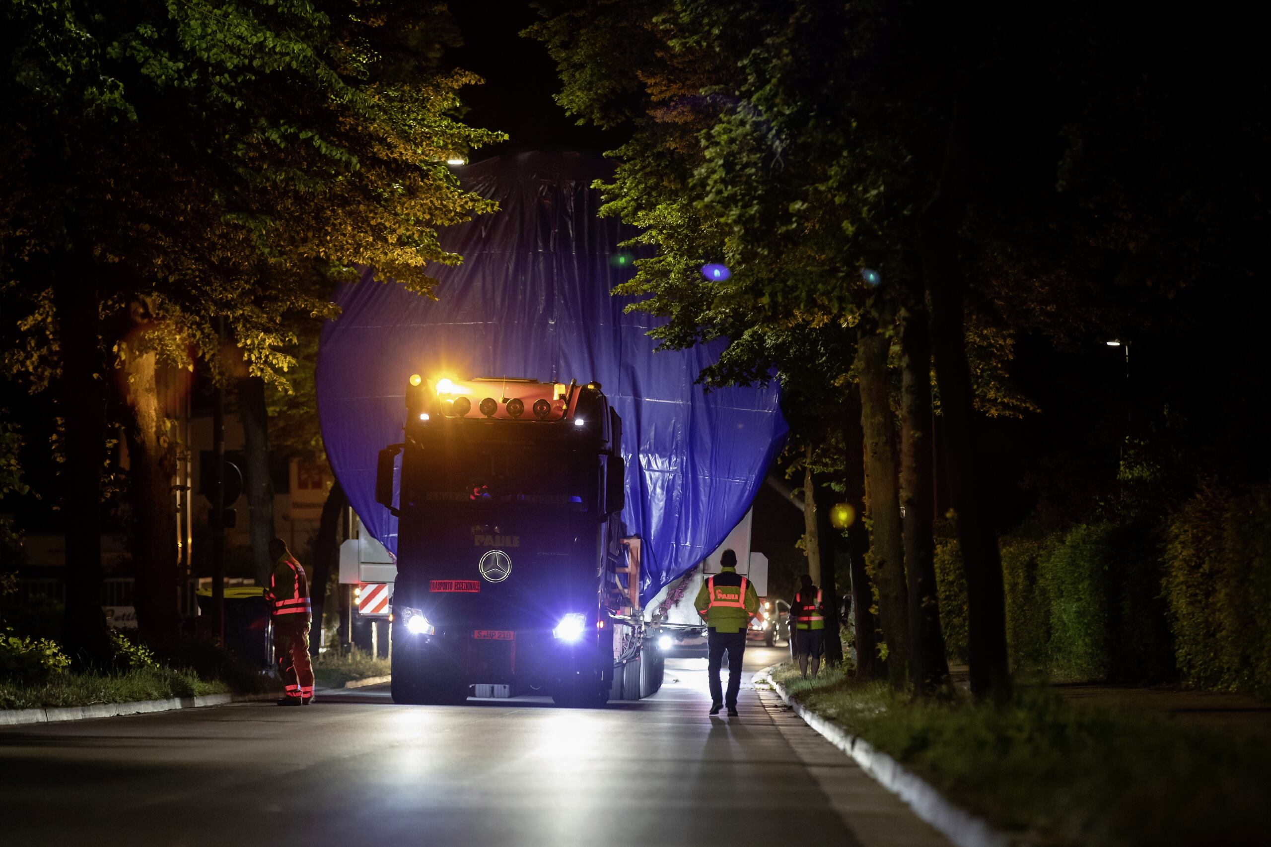 Mercedes Actros gigantesco serbatoio