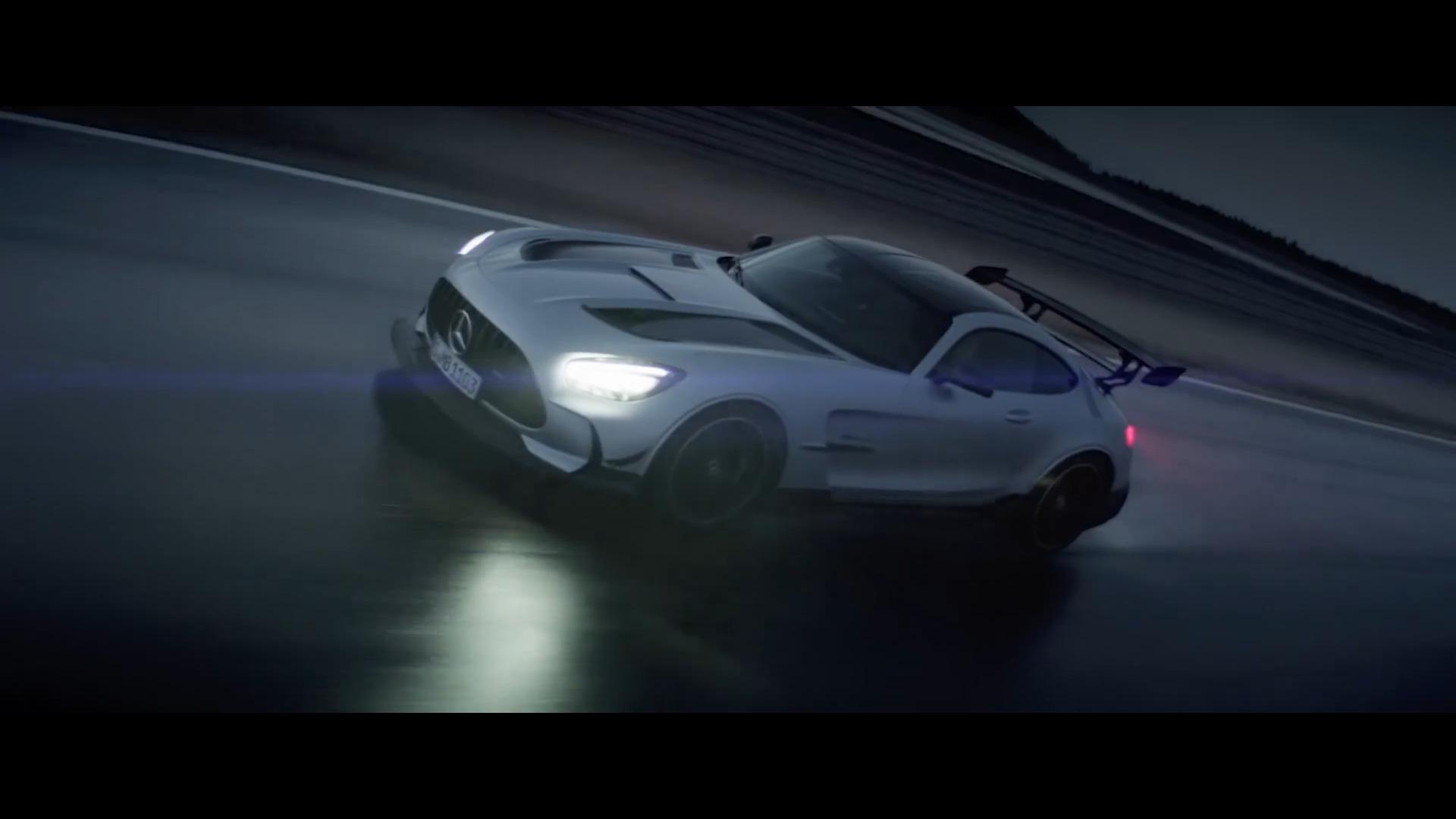 Mercedes-AMG GT Black Series teaser ufficiale