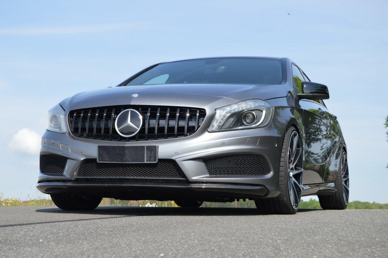 Mercedes Classe A vecchia generazione look AMG