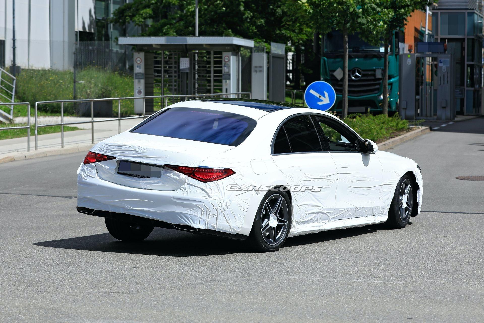 Mercedes Classe S 2021 cambia mimetismo