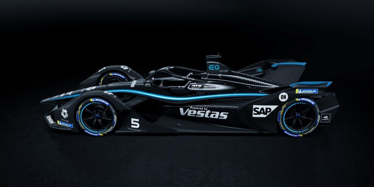 Mercedes monoposto Formula E livrea nera