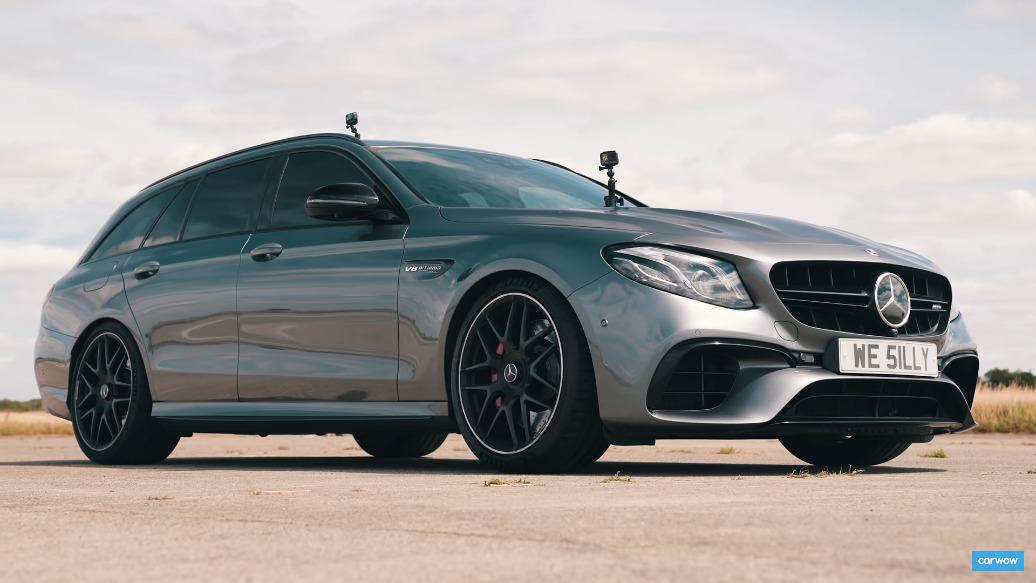 Mercedes-AMG E 63 S Wagon vs Jaguar Project 8 drag race