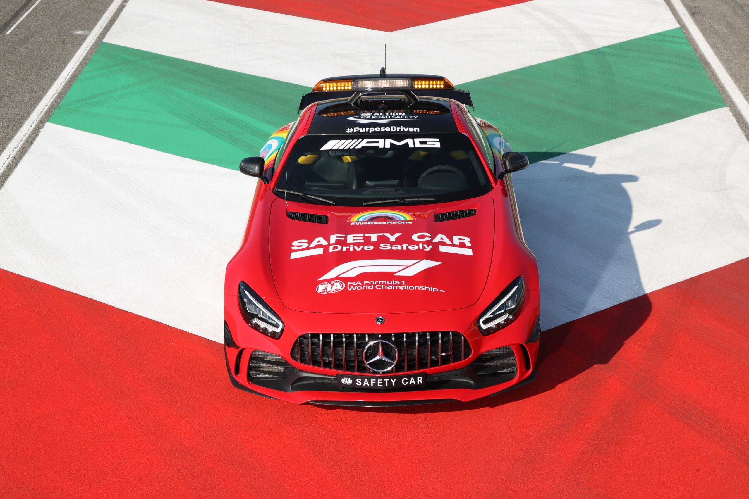 Mercedes-AMG GT livrea rosso Ferrari