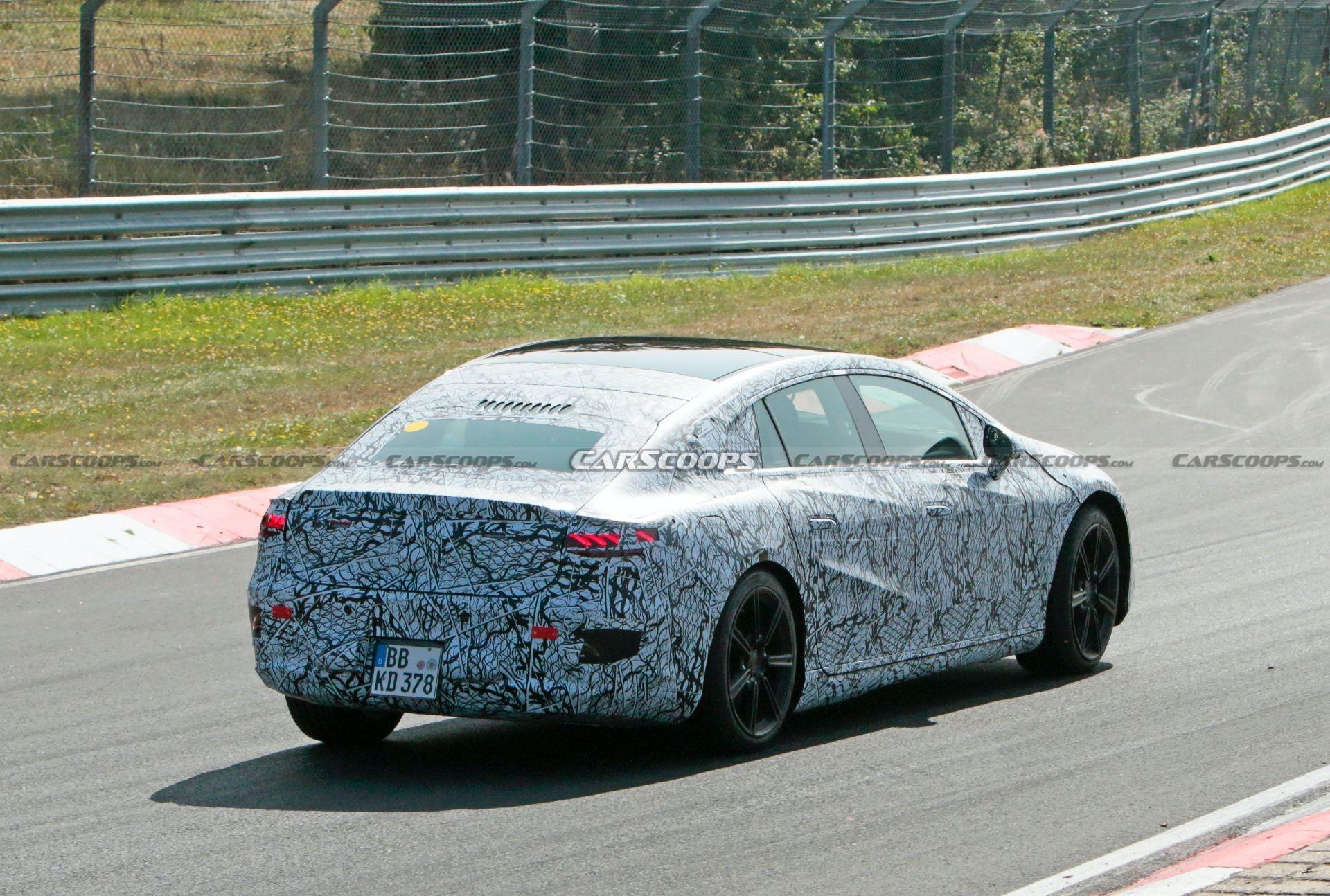 Mercedes EQS Nurburgring foto spia