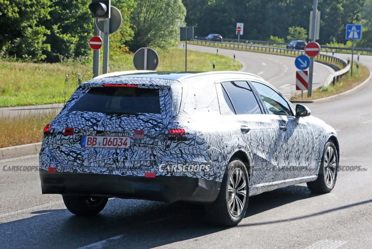 Nuova Mercedes Classe C All-Terrain foto spia