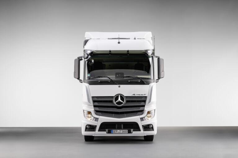 Mercedes usa la cabina dell'Actros brasiliano in Europa ...