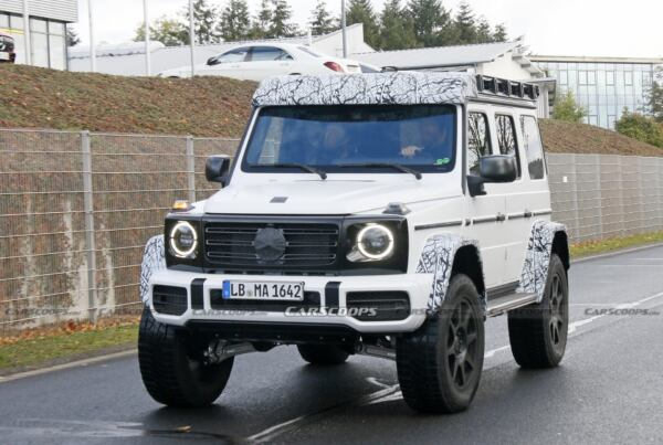 Mercedes-Benz G500 4×4² Nurburgring Test Center foto spia