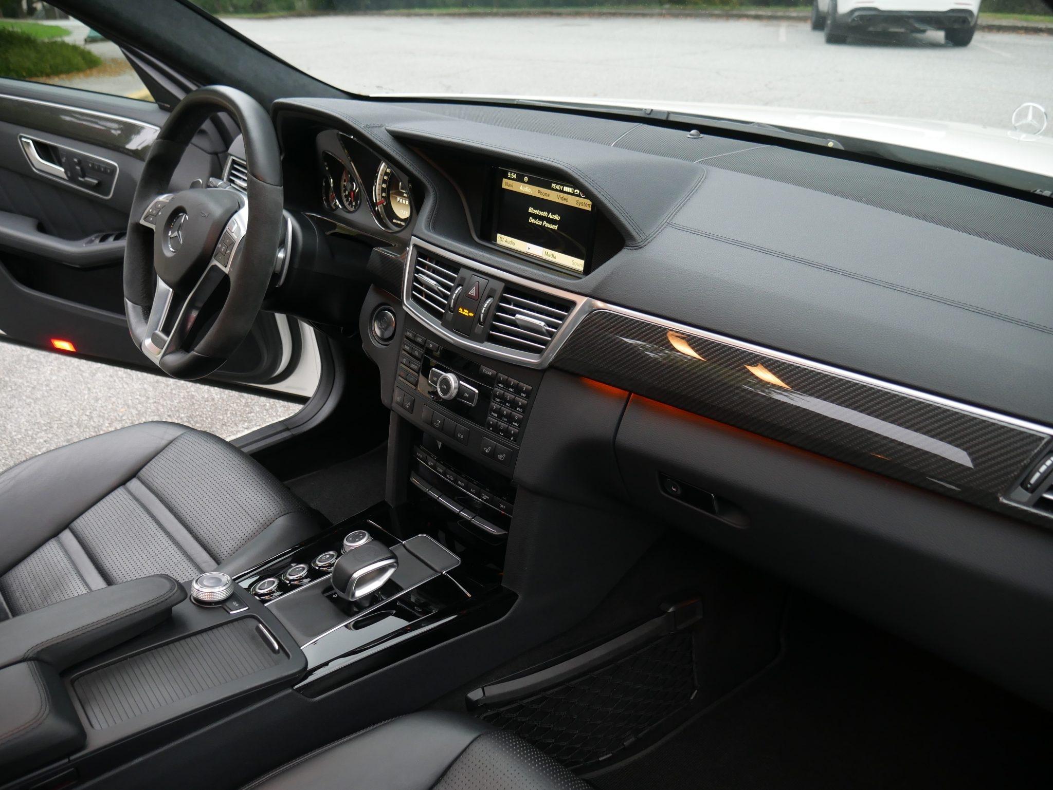 Mercedes-Benz E 63 AMG Wagon 2012 asta