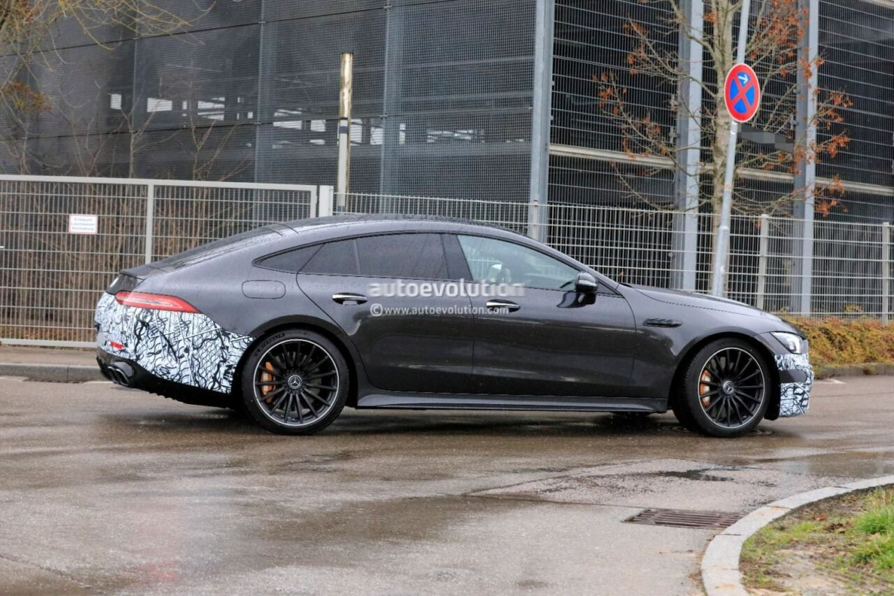 Mercedes-AMG GT 73 e ultime foto spia