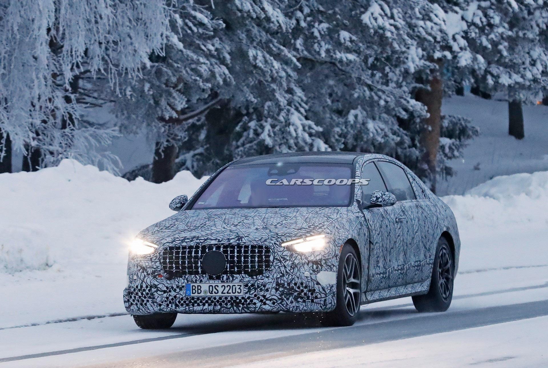 Mercedes-AMG S 63 e 2022 foto spia phev