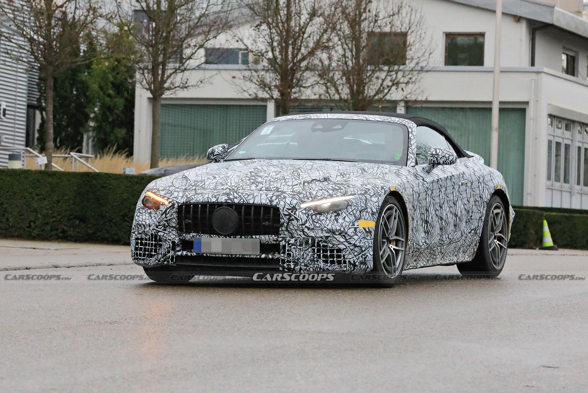 Mercedes-AMG SL 2022 due prototipi