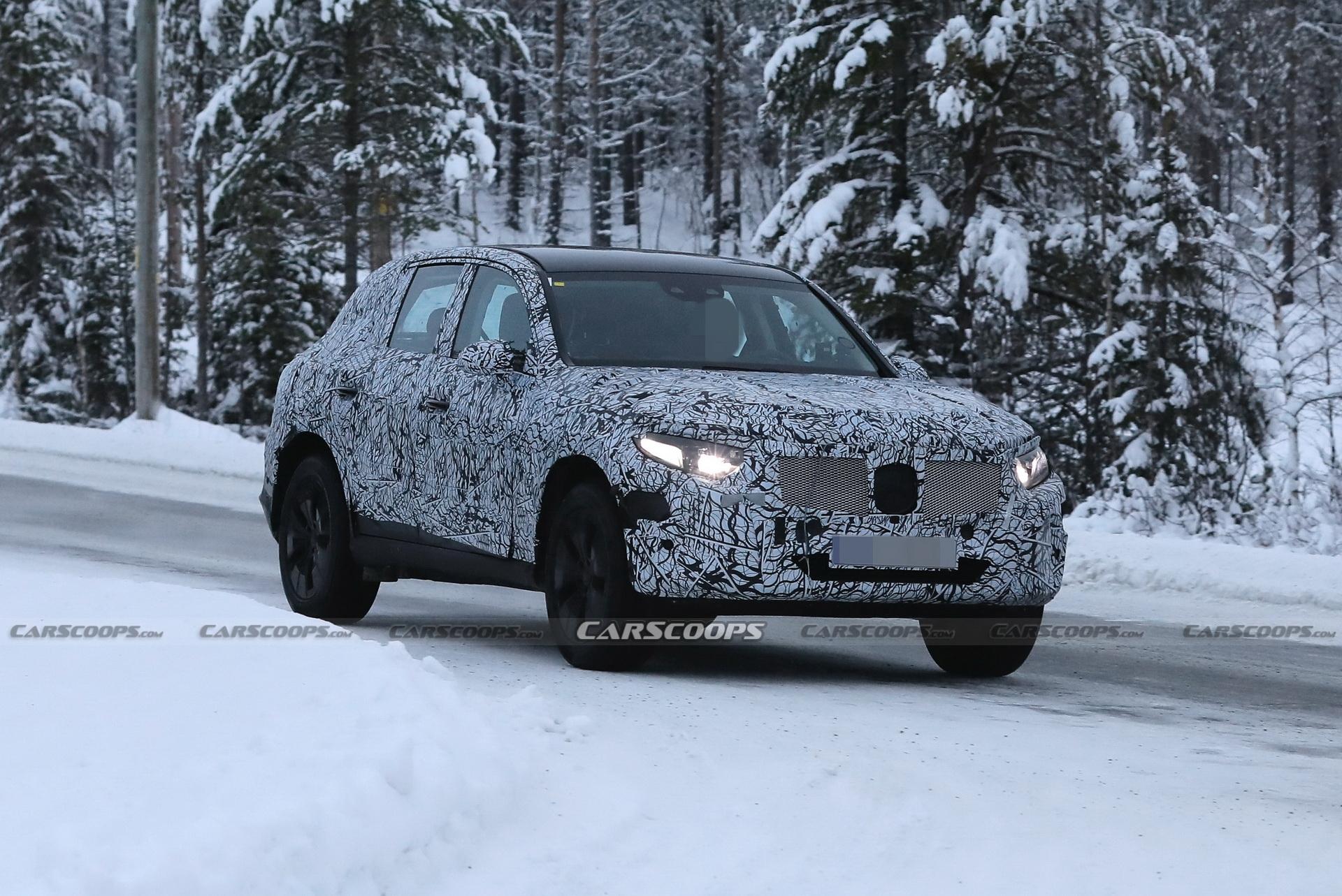 Mercedes GLC 2022 foto spia