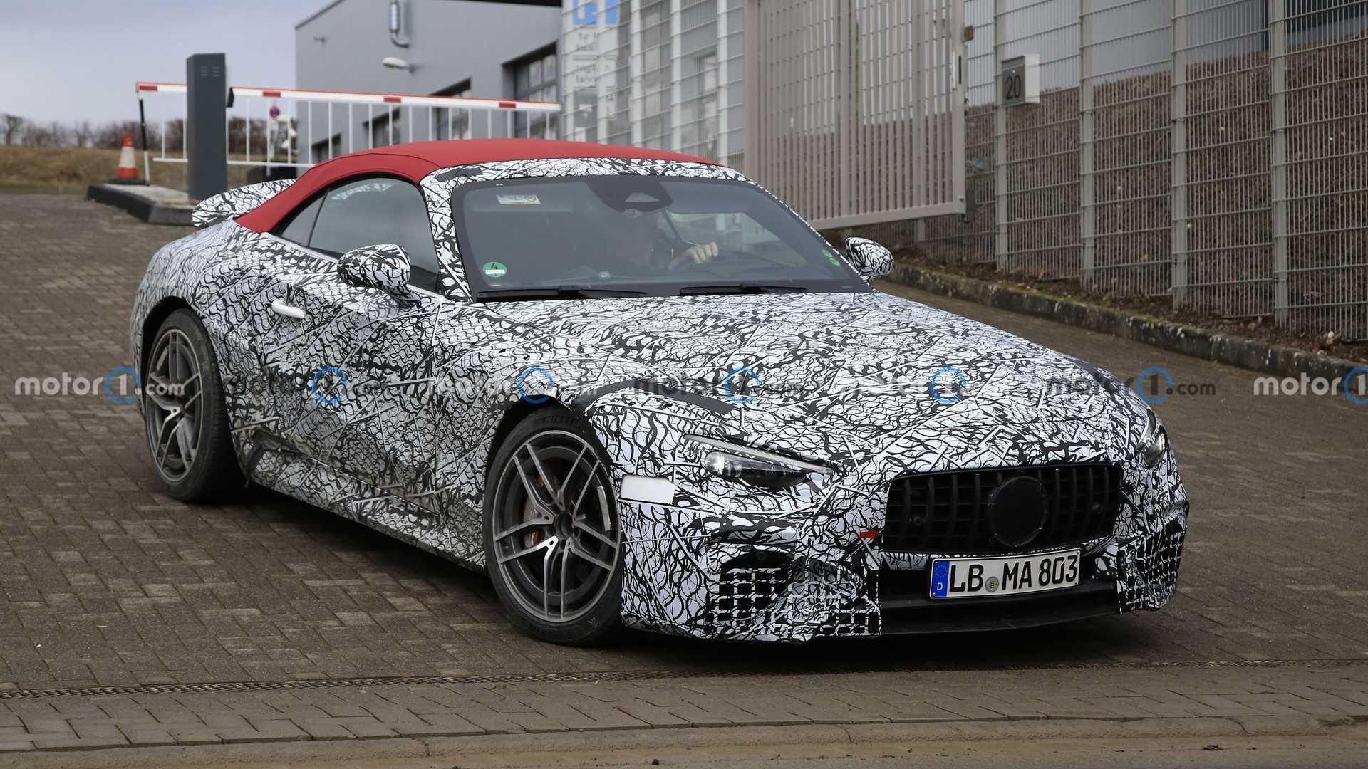Mercedes SL 2022 foto spia