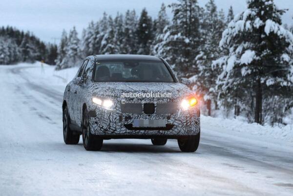 Nuovo Mercedes GLC prototipo Svezia