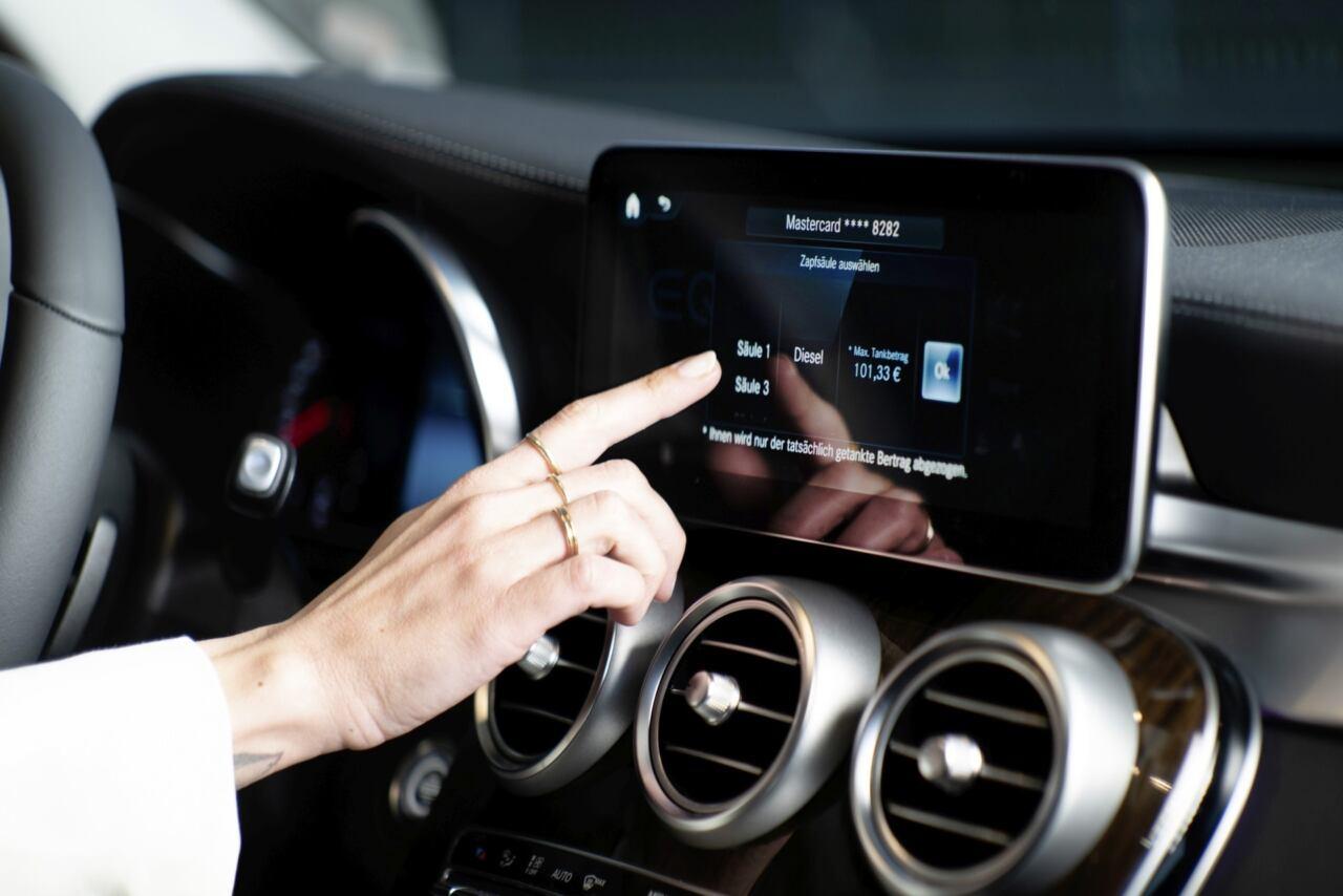 Mercedes Fuel & Pay