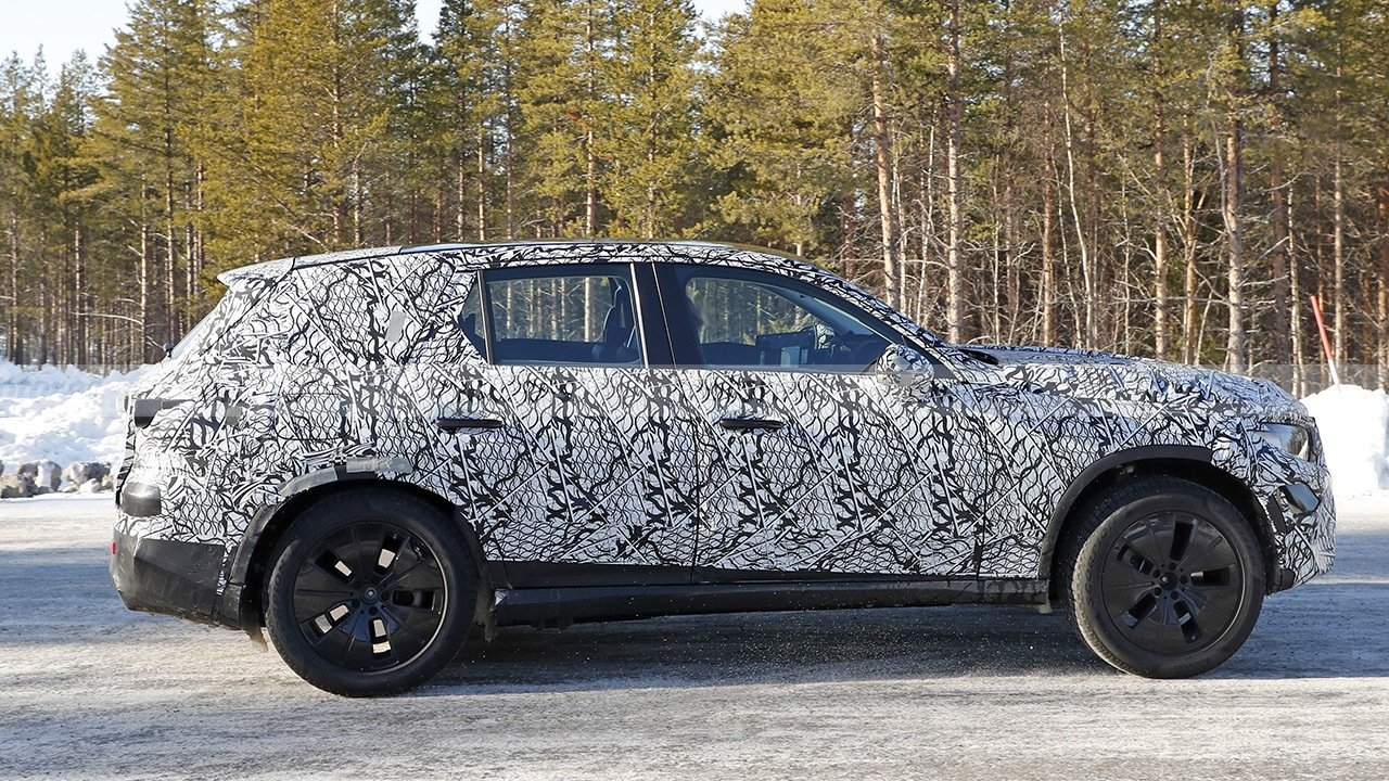 Nuovo Mercedes GLC test Nord Europa foto spia