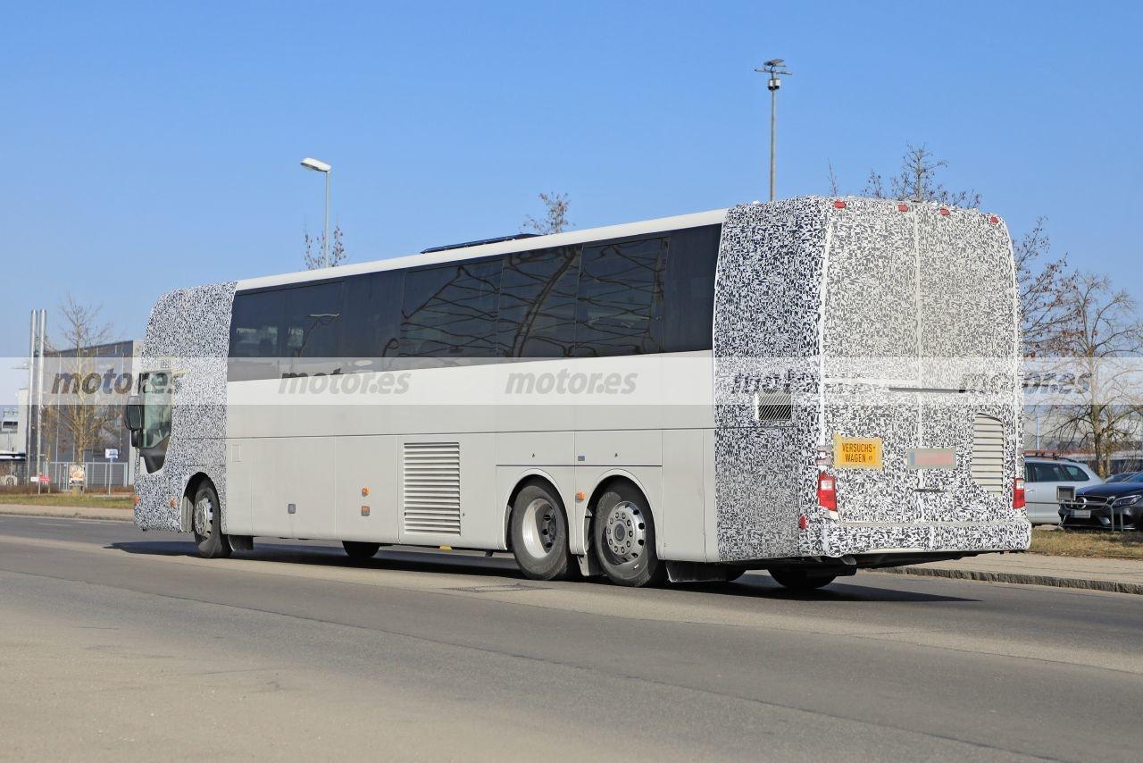 Nuovo Mercedes Tourismo Stati Uniti foto spia