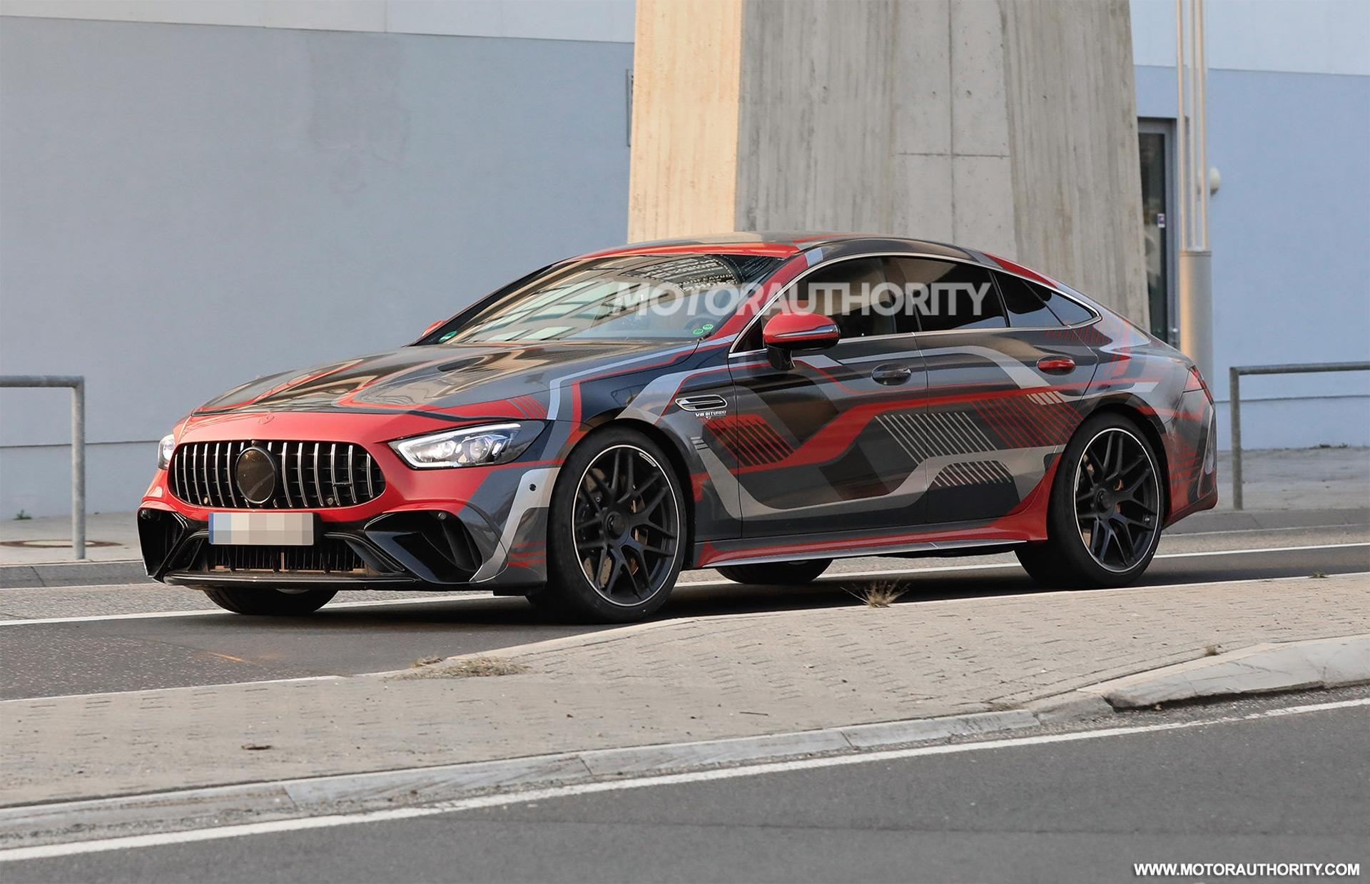 Mercedes-AMG GT 73 e nuovo prototipo foto spia