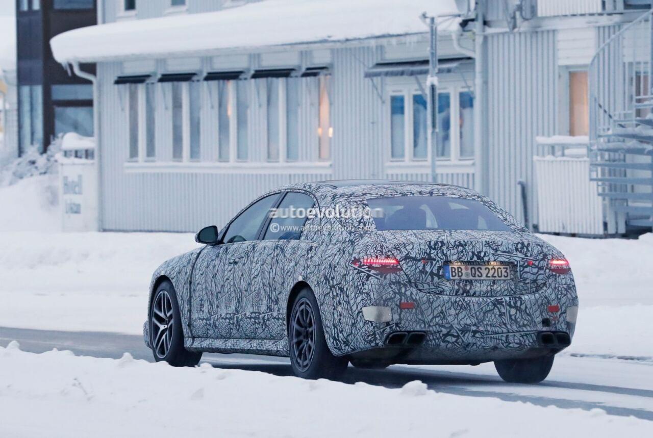 Mercedes-AMG S 73 foto spia Svezia