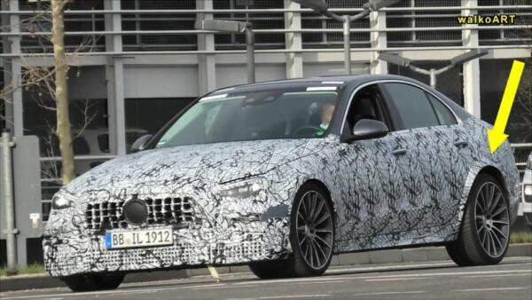 Nuova Mercedes-AMG C 63 prototipo foto spia