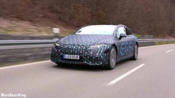 Nuova Mercedes EQS video onboard
