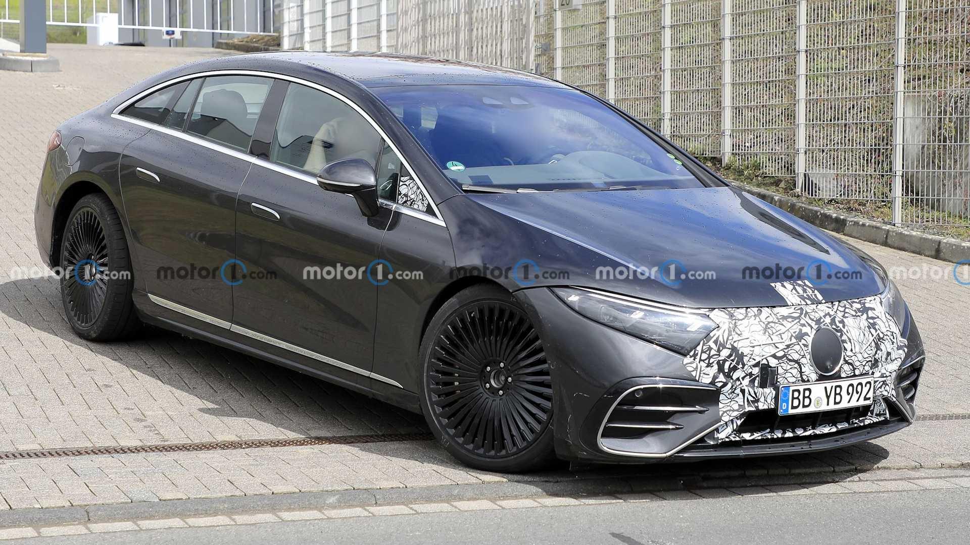 Mercedes-AMG EQS ultimo prototipo foto spia