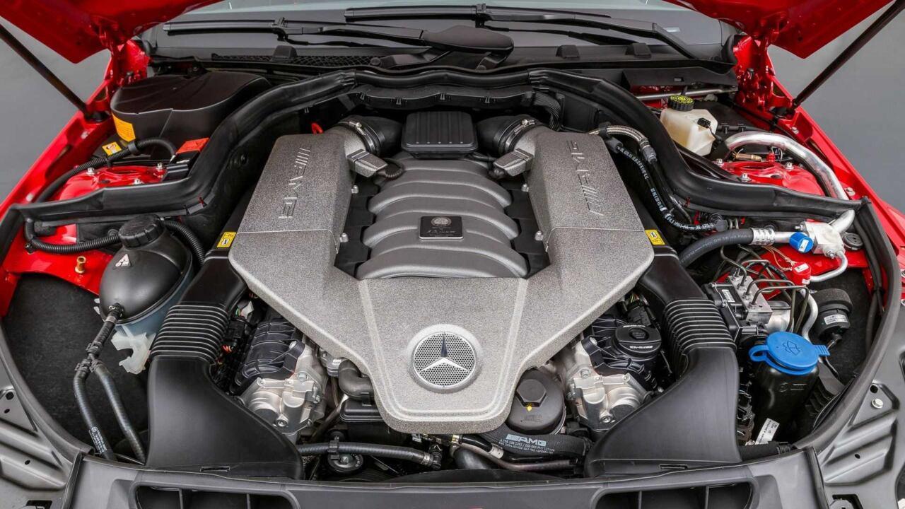 Mercedes-Benz C 63 AMG Black Series 120 km